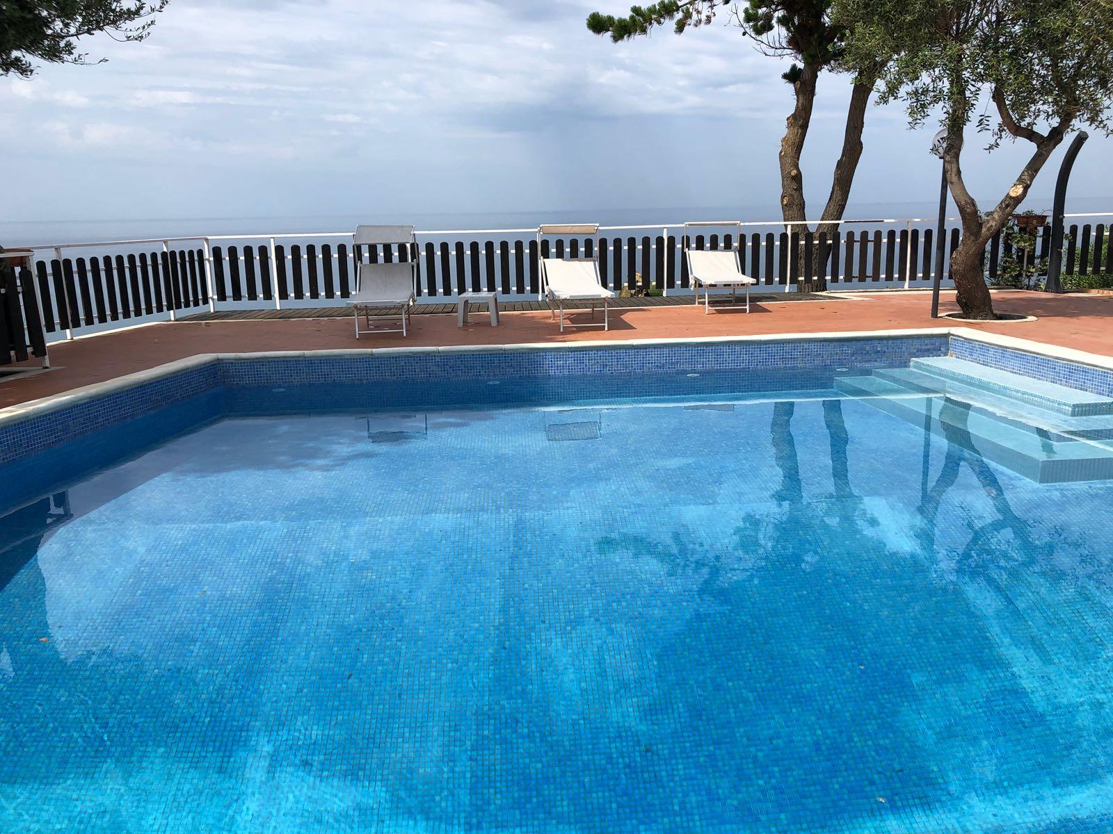 Piscina del Residence Punta Cilento - Palinuro